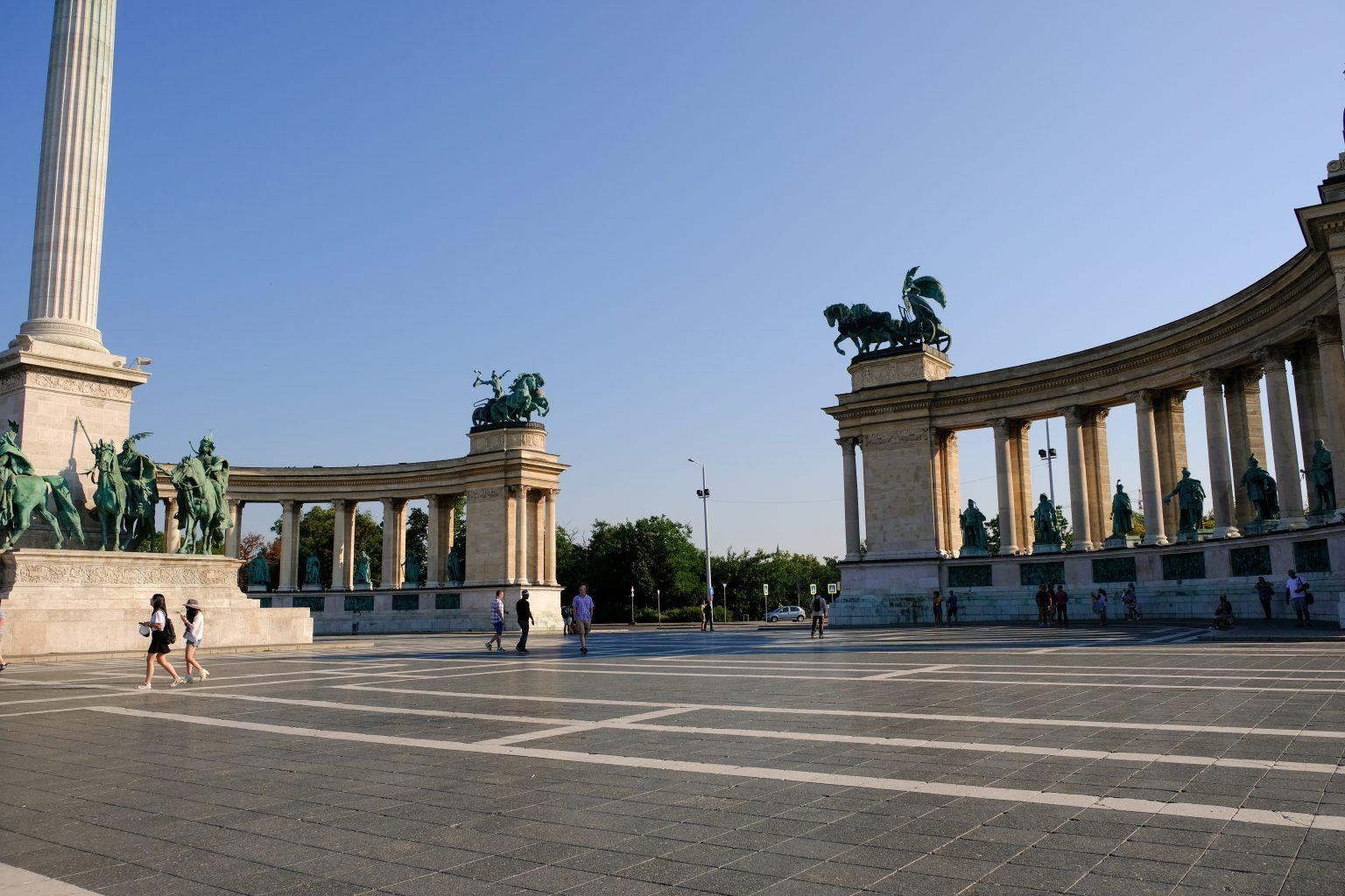памятник героям Венгрии